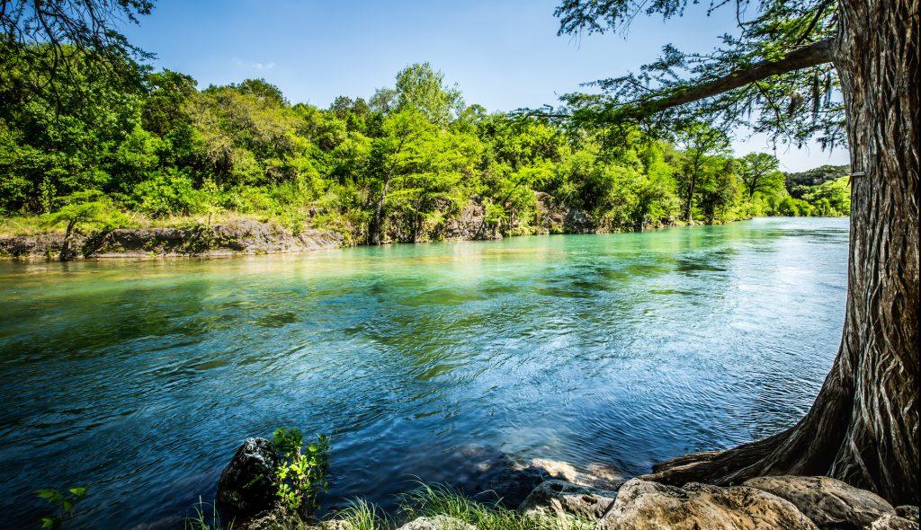 Rio Guadalupe Resort rv park cabin rentals guadalupe river